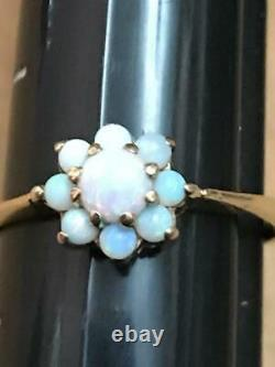 10k Yellow Gold Floral pattern Opal Ring Estate piece