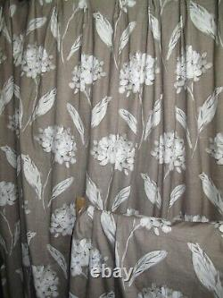 Hydrangea Pattern Lined Curtains Lcm162X W160cm each Professionally made Pair B
