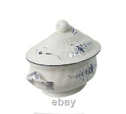 Villeroy & Boch Vieux Luxembourg Oval Tureen with Lid Blue & White Floral Pattern