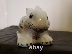 Wong Lee WL 1895 Rare porcelain rabbit bunny floral pattern Small 8 x 4